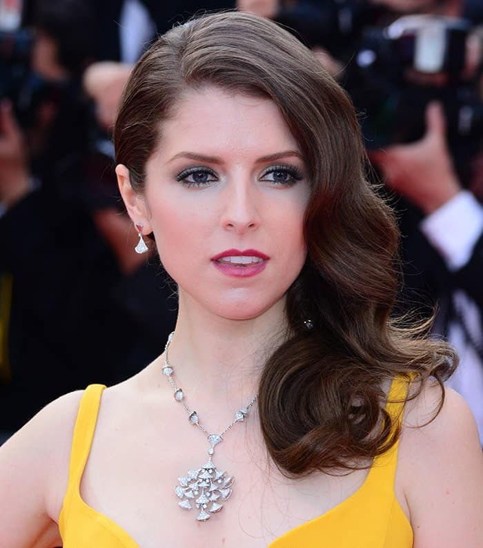 Anna Kendrick Stella McCartney Canary Yellow Gown4