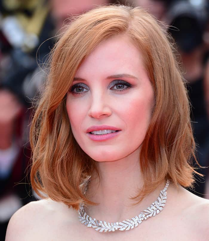 Jessica Chastain'sPiaget necklace in white gold set with diamonds from the 'Sunny Side of Life' High Jewelery Collection