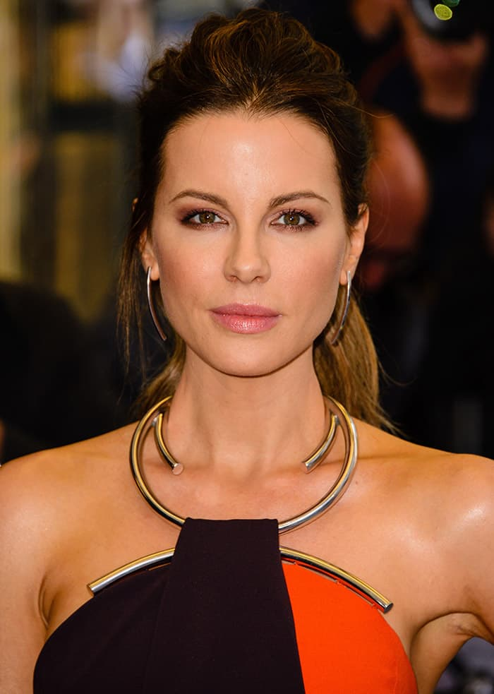 Kate Beckinsale accessorized with Jennifer Fisher Jewelry