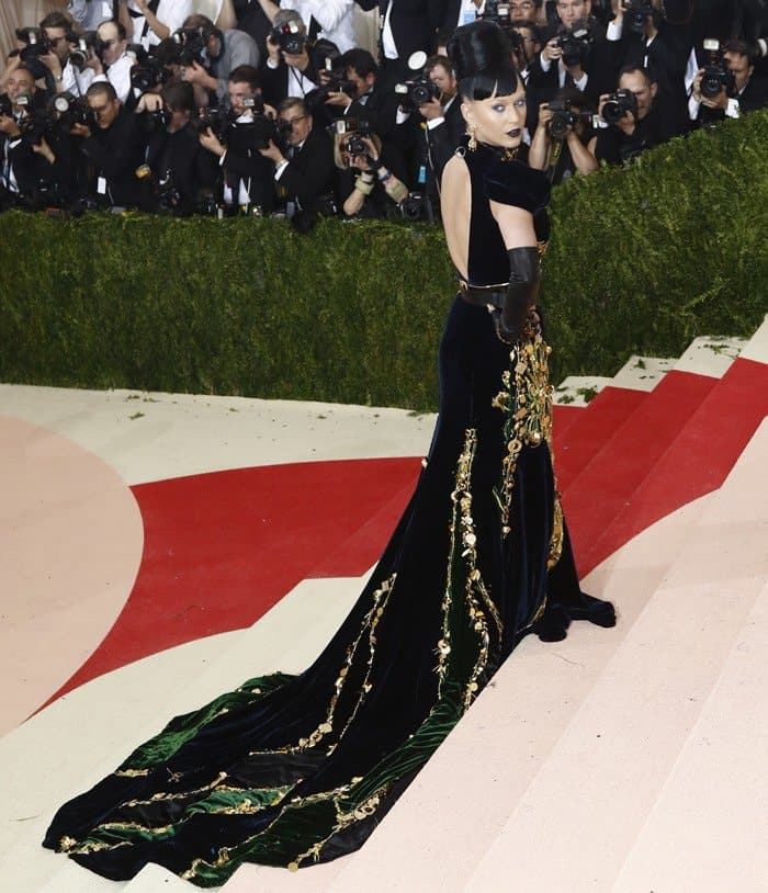Met Gala 2016 'Manus x Machina: Fashion In An Age Of Technology'