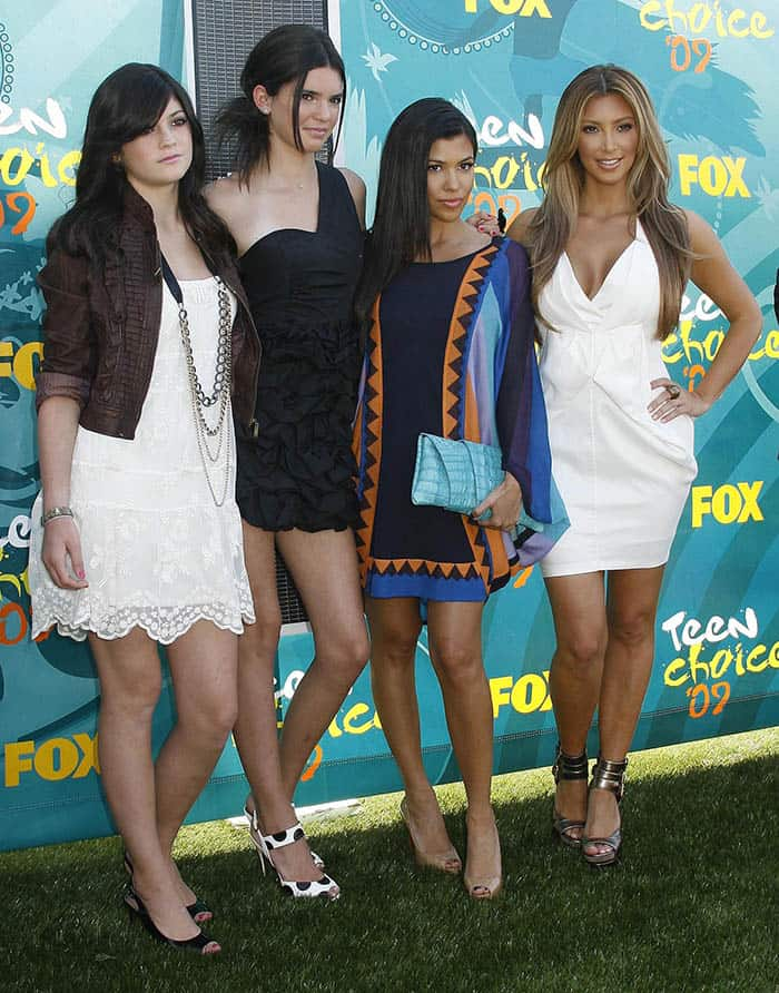 Kylie Jenner with Kendall Jenner, Kourtney Kardashian and Kim Kardashian at the Teen Choice Awards 2009 held at the Gibson Amphitheatre in Los Angeles on August 9, 2009
