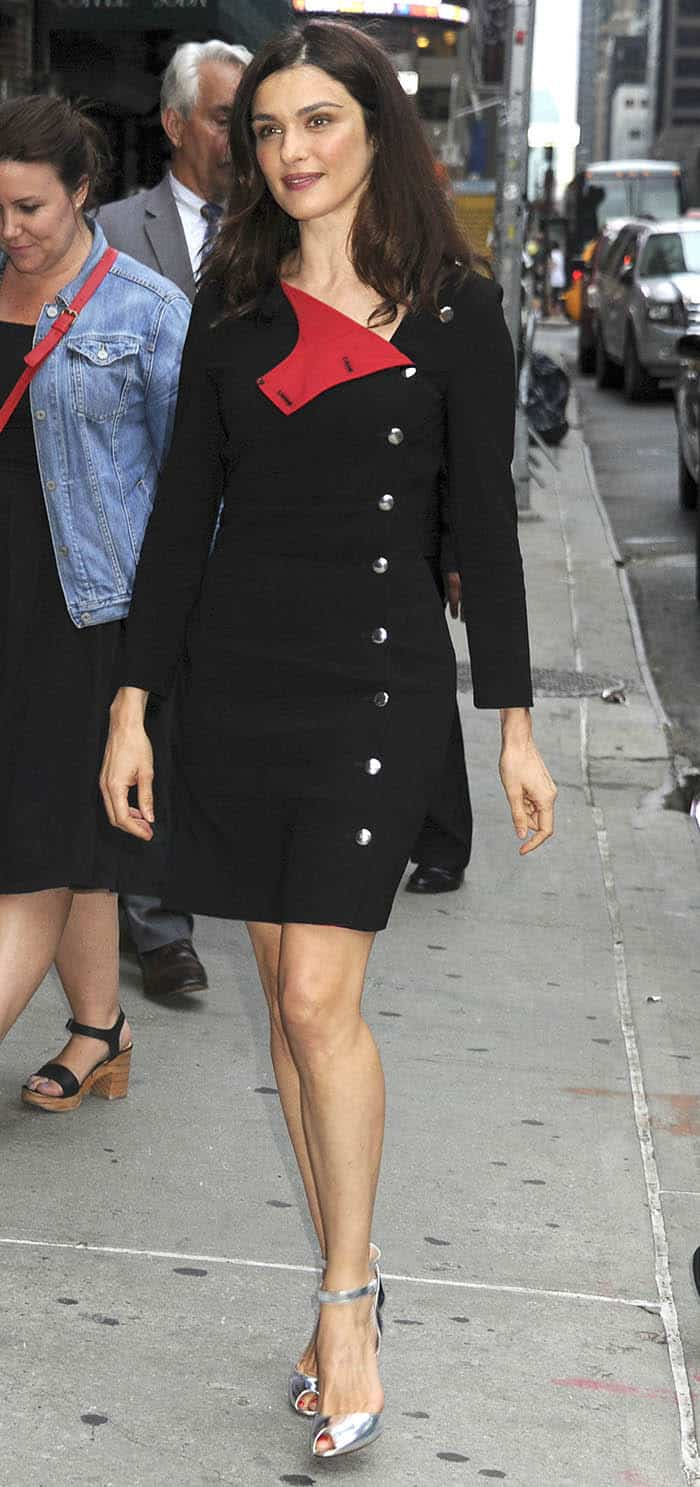 Rachel Weisz arrives at the Ed Sullivan Theater