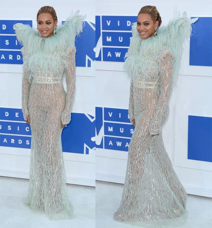 Beyonce MTV VMAs1