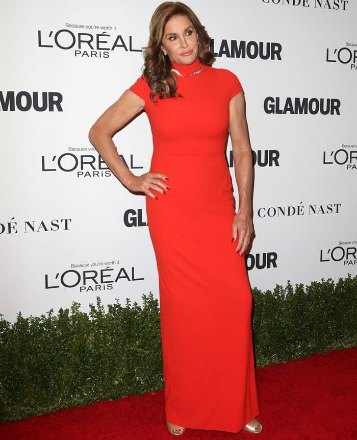 Caitlyn Jenner in a form fitting dress from Jonathan Cohen that flaunted her statuesque figure