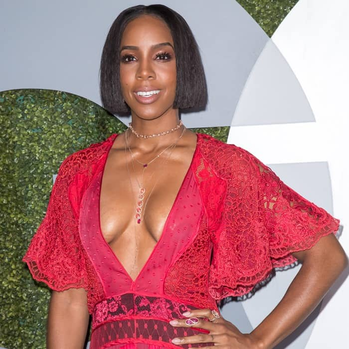 Kelly Rowland donned a lace embroidered floor length dress from Brazilian designer Helo Rocha's Spring 2016 collection