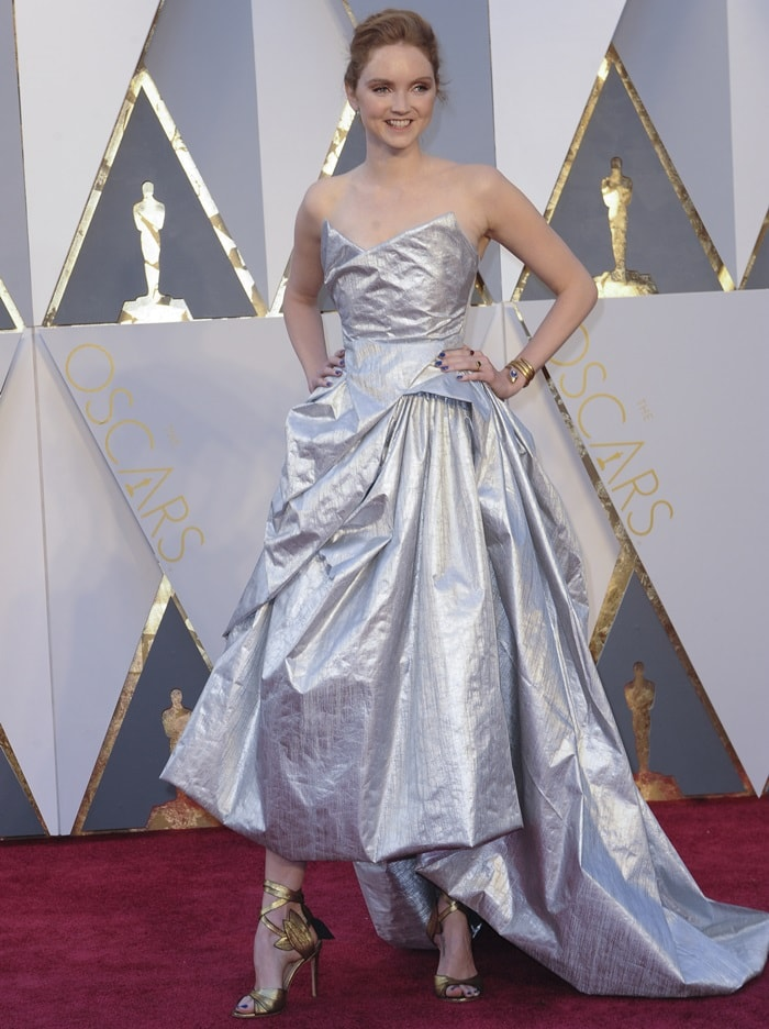 Lily Cole at the 88th Annual Academy Awards
