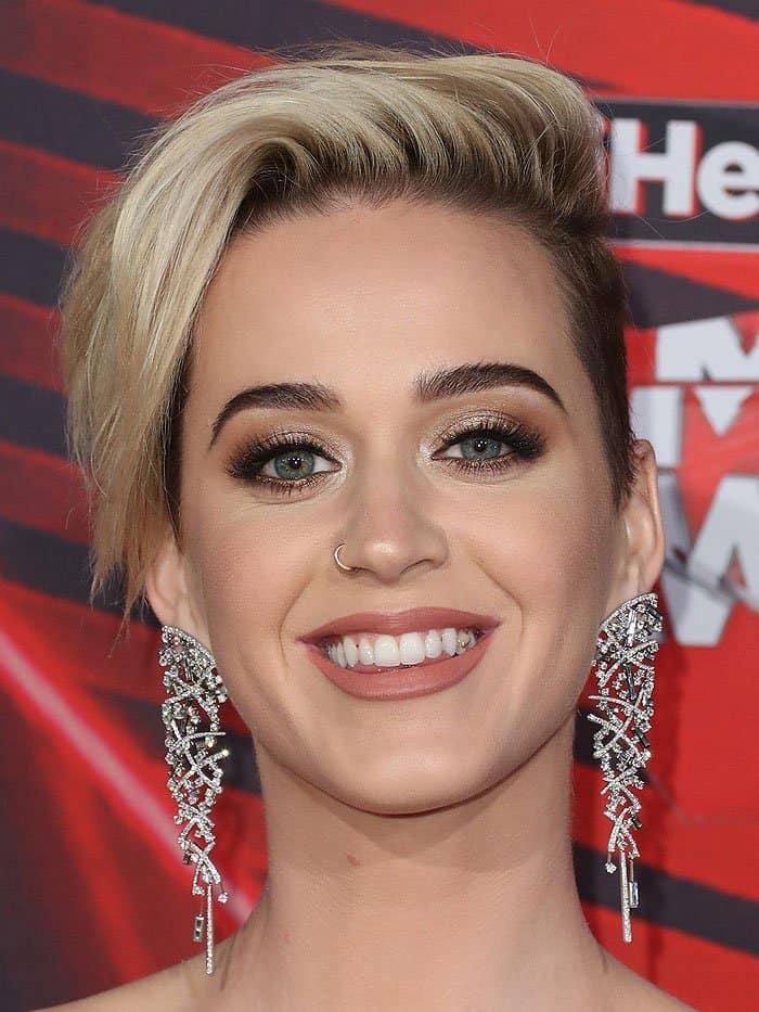 Katy Perry's dazzling Jacob & Co dangling earrings
