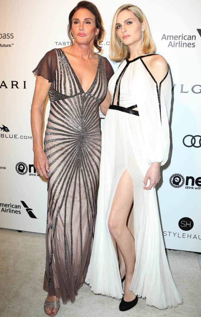 Andreja Pejic looked gorgeous in her black and white gown from J. Mendel