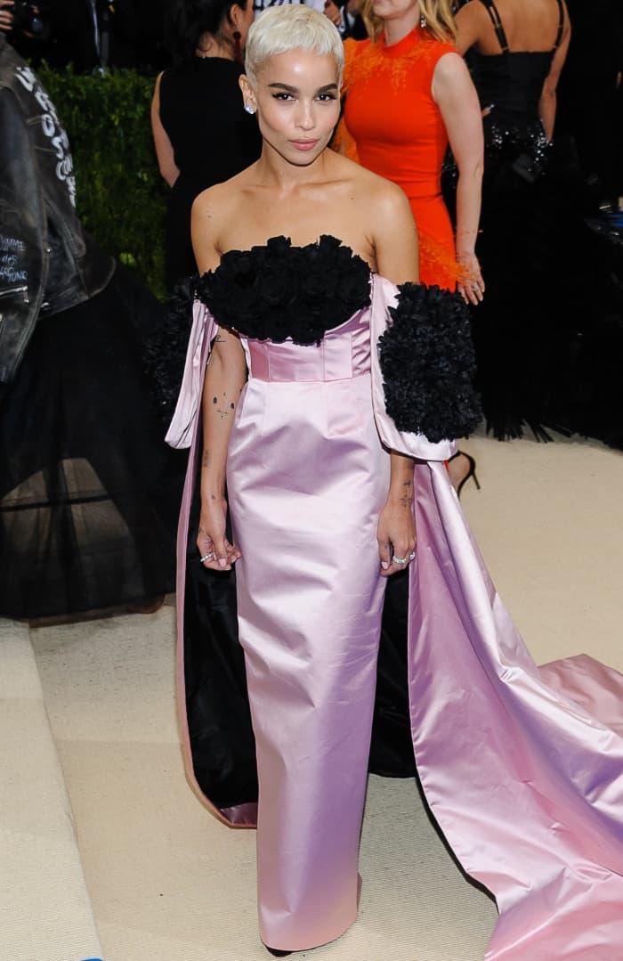 Zoe Kravitz wearing a custom Oscar de la Renta gown and Christian Louboutin heels at the 2017 Met Gala