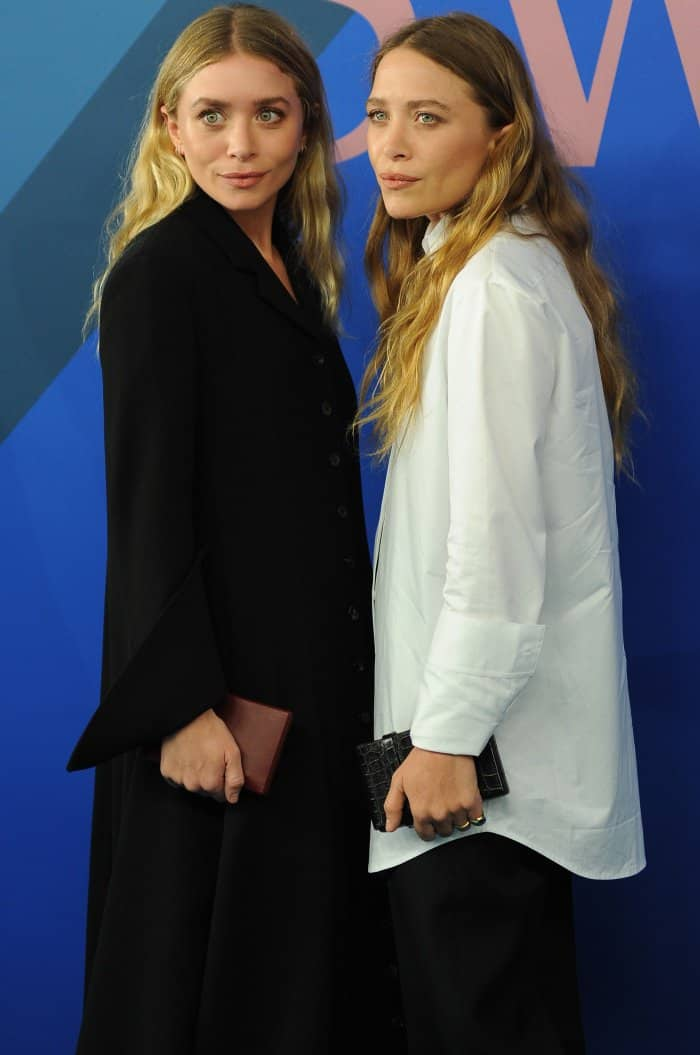 Ashley and Mary-Kate Olsen wearing The Row at the 2017 CFDA Fashion Awards