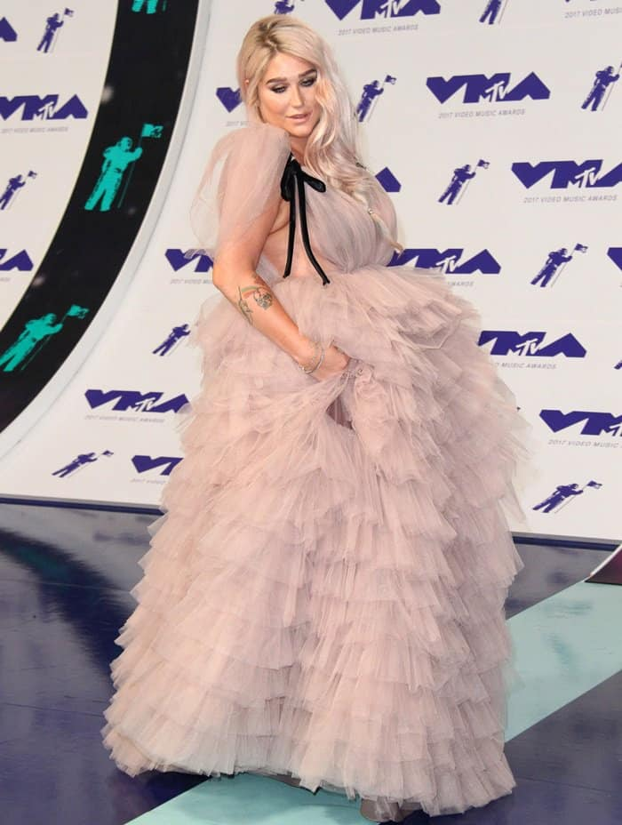 Kesha wearing a nude ball gown at the MTV V2017 Video Music Awards.