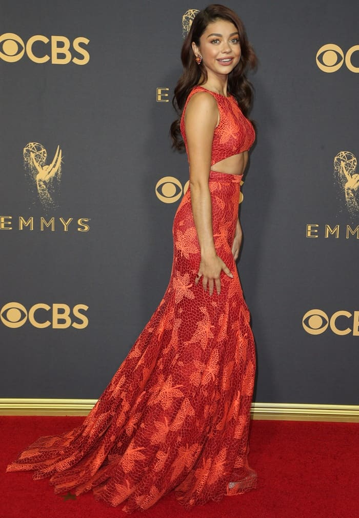 Sarah Hyland in red Resort 2018 gown from Zac Posen