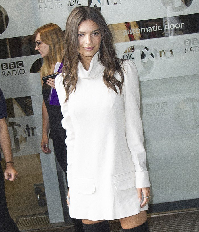 Emily Ratajkowski attends the London photocall of 'We Are Your Friends'.