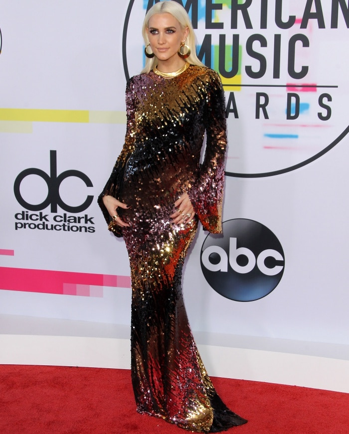 Ashlee Simpson Ross wearing a Christian Siriano Fall 2017 ombré sequin gown at the 2017 American Music Awards