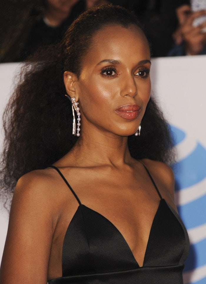 Kerry Washington wore her long black hair tied back from her beautiful face