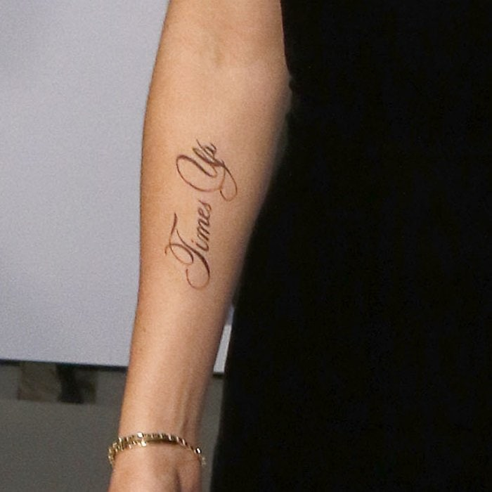 "Emma Watson showed off a new temporary tattoo which reads ""Times Up,"" rather than ""Time's Up,"" the official title of the organization"