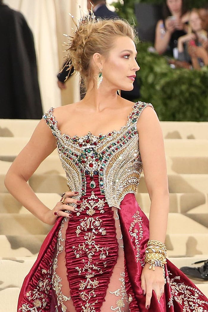 Blake Lively wearing over $2 million Lorraine Schwartz halo and jewelry.