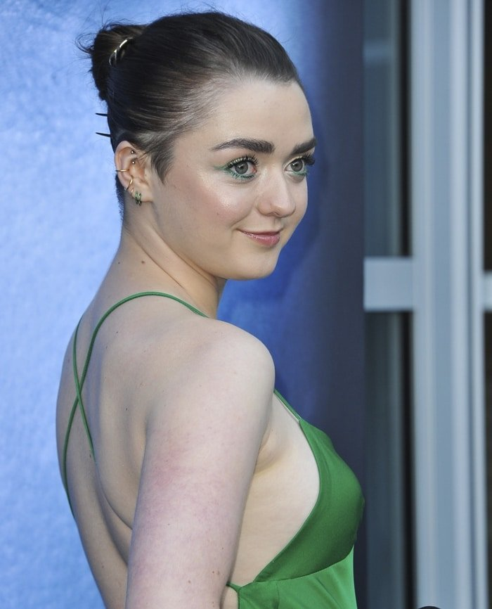 Maisie Williams with a hint of sideboob at 'Game of Thrones' Season 7 Premiere